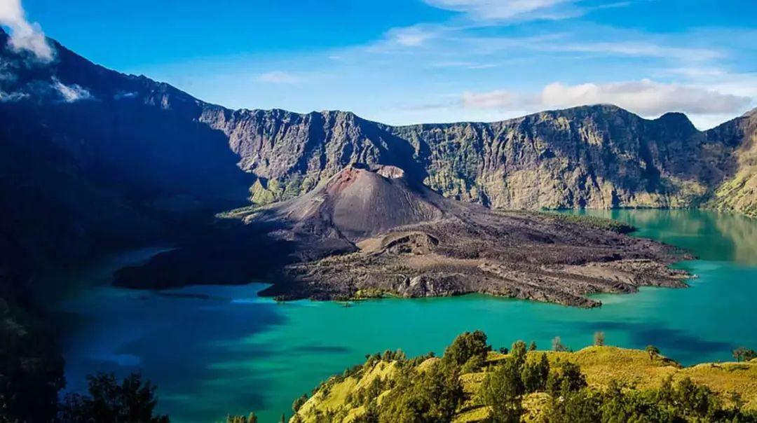 找到20年前的巴厘岛,史前巨兽,粉色沙滩,火山星光.貌