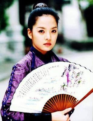 林允儿,张娜拉女扮男装的古装造型,谁最有英气?