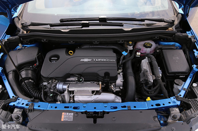 舒适的运动轿车 测试雪佛兰科鲁兹两厢