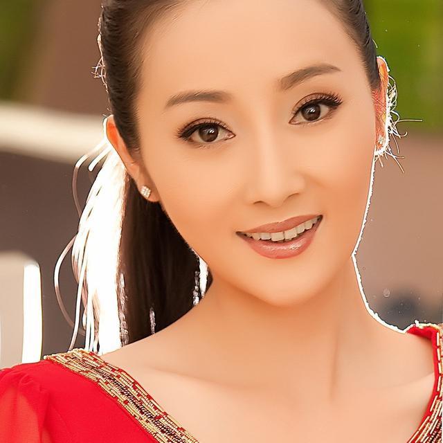 浙江美女明星_40位来自浙江的美女明星,你最喜欢哪一个?